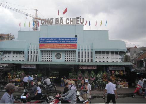 cho-ba-chieu-1351564824_500x0.jpg