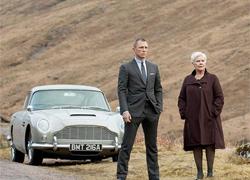 Dàn xe trong phim 007 mới