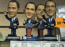 Đồ lưu niệm hình Obama tràn ngập trước lễ nhậm chức