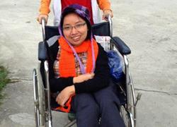 Thủ lĩnh khuyết tật nặng lòng với bệnh nhân phong