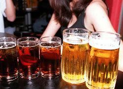 Tình yêu lầm lỡ của cô gái tiếp thị bia