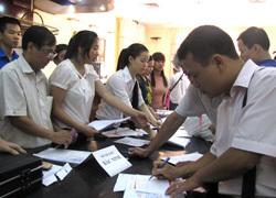 Gần 20% hồ sơ đăng ký dự thi vào ngành kinh tế