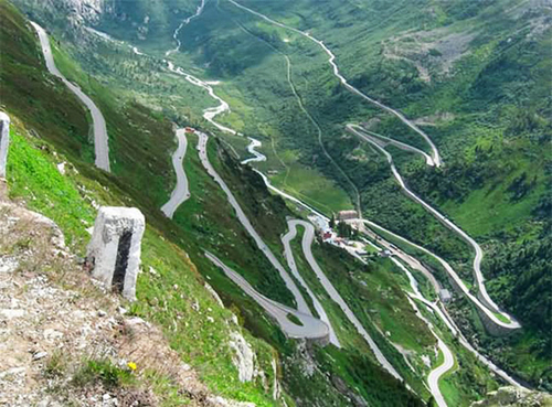 road-9-1372671706_500x0.jpg