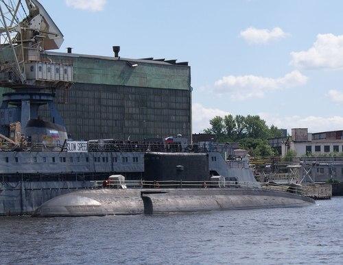 Tàu ngầm HQ-183 TP Hồ Chí Minh. Ảnh: Dmirg78