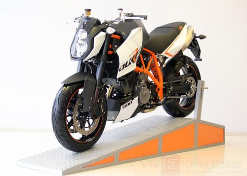 Duke-990-1-1376551640_500x0.jpg