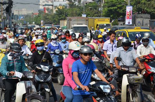Muốn tham gia điều khiển xe máy, khả năng công dân sẽ phải đáp ứng nhiều điều kiện vô lý