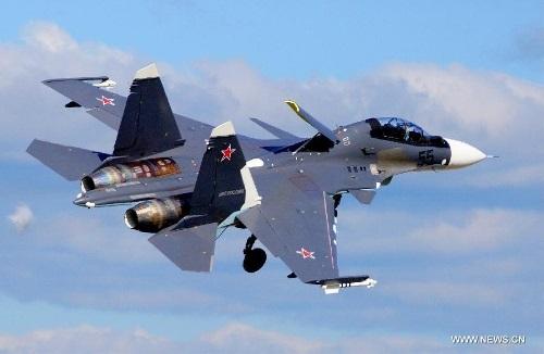 Chiến cơ Su-35 của nước chủ nhà tại Triển lãm hàng không quốc tế MAKS 2013.