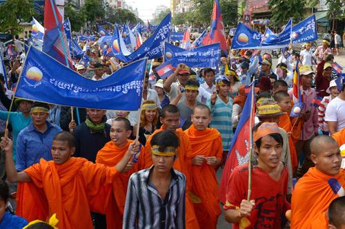 [Caption]Khoảng 20.000 người ủng hộ đảng Cứu nguy Dân tộc (CNPR) đối lập