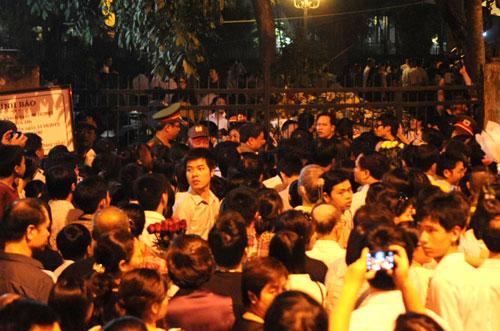 Vieng-dai-tuong30-5817-1381058997.jpg