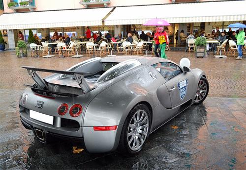 bugatti-veyron-1.jpg