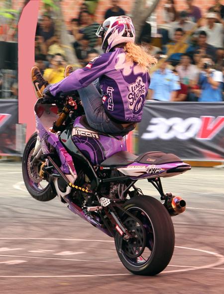 Stunt-5-1.jpg