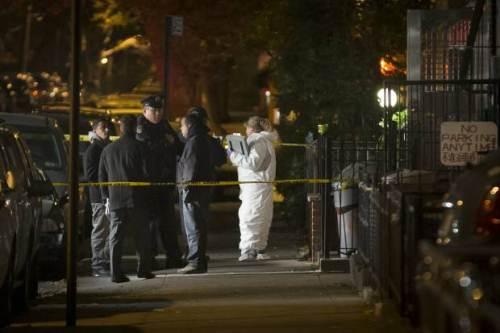 Hiện trường xảy ra vụ đâm chém khiến 1 phụ nữ và 4 đứa trẻ tử vong cuối ngày hôm qua. Ảnh: AP.
