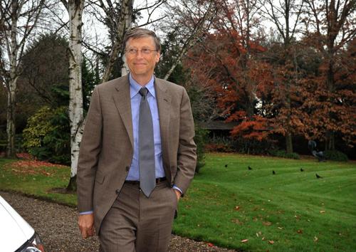 [Caption]Đồng sáng lập tập đoàn Microsoft Bill Gates, 57 tuổi. Ông là người giàu thứ hai thế giới với khối tài sản 65 tỷ USD, sau khi đã cho đi hơn 28 tỷ USD.