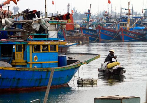 Mọi việc chuẩn bị cho cơn bão số 13 phải hoàn thành trước 13h ngày 6/11. Ảnh minh họa: Nguyễn Đông.