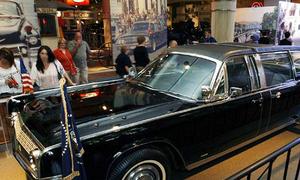 Xe chở Kennedy phục vụ thêm 4 đời tổng thống Mỹ