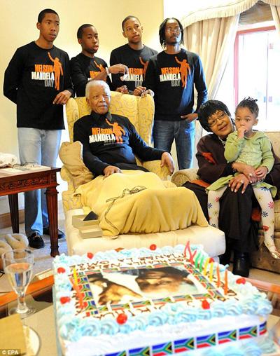 Mandela13a-6394-1386304930.jpg