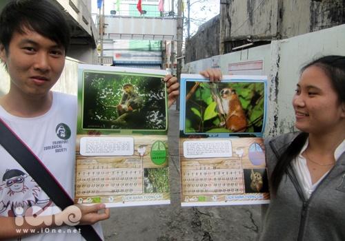 Cuốn lịch được in màu với những hình ảnh về thú linh trưởng có nguy cơ tuyệt chủng ở miền Trung - Tây Nguyên. Ảnh: N.Đ