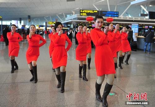 Sự kiện được tổ chức vào khoảng 10h sáng qua tại Sân bay quốc tế Đào Tiên, thành phố Thẩm Dương, thủ phủ tỉnh Liêu Ninh ở đông bắc Trung Quốc. Ảnh: news.qq.com.