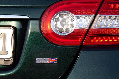 Jaguar-XK66-Special-Edition-7-3.jpg