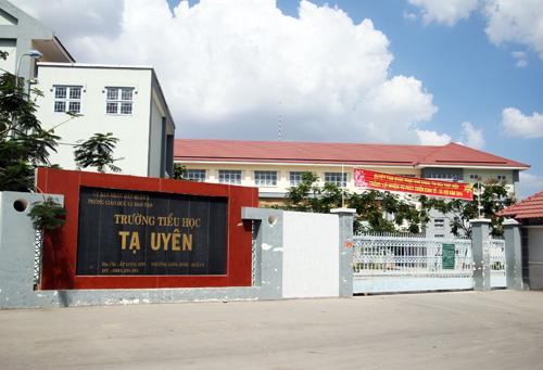 Trường tiểu học Tạ Uyên mà học sinh Việt bị giáo viên chủ nhiệm đánh. Ảnh: An Nhơn