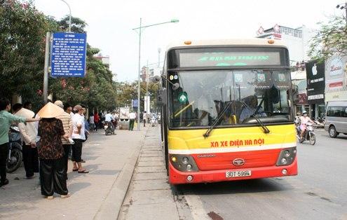 Giá vé xe buýt có thể sẽ tăng đến 43% trong tháng 5 tới.Ảnh: Phương Sơn
