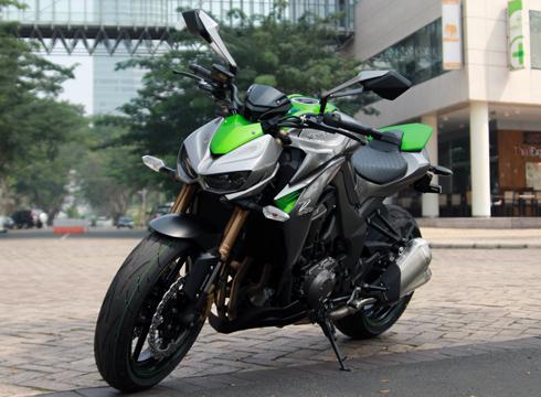Kawasaki-Z1000-2014-4b-6489-1388473565.j