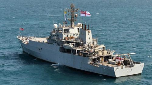 navy-9891-1396835100.jpg