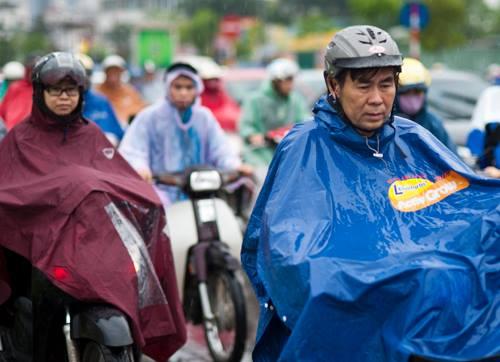 Sáng nay miền Bắc xuất hiện mưa cục bộ ở một số nơi. Tuy nhiên hiện trạng thời tiết này sẽ chấm dứt vào ngày mai.Ảnh: Nguyên Anh