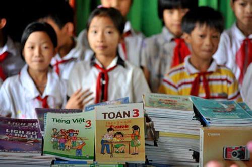 Ngành Giáo dục đặt mục tiêu trong 10 năm tới hoàn thành việc biên soạn sách giáo khoa thử nghiệm các lớp 2, 3, 4, 5, 7, 8, 9, 11 và 12