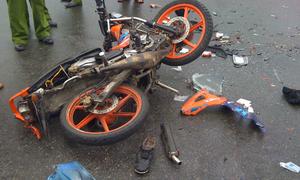 Tôi cõng người bị tai nạn đi 2 cây số vào viện