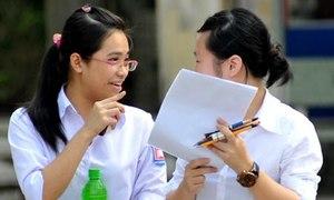 Hồ sơ đăng ký dự thi đại học giảm mạnh