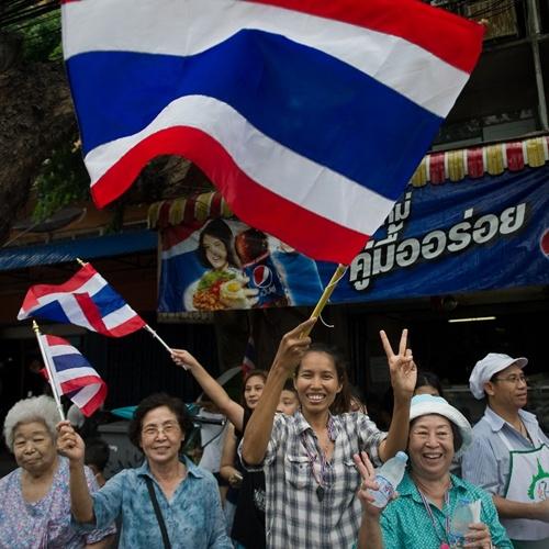 bieu-tinh-thai-lan-8325-1399515115.jpg