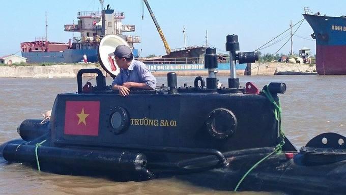 Tàu ngầm Trường Sa mini lần đầu thử nghiệm ở biển