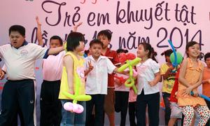 Sân khấu của trẻ khuyết tật bùng nổ với Gangnam Style