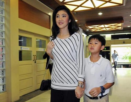 gia-dinh-Yingluck014-5461-1401792859.jpg