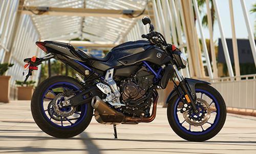 2015-Yamaha-FZ-07-00-7788-1402048344.jpg