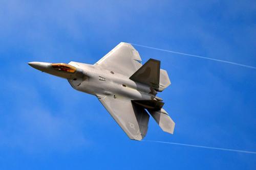 1024px-F-22-Raptor-Andrews-Air-5055-4742