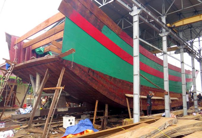 Ngư dân Hải Phòng đồng loạt đóng tàu công suất lớn