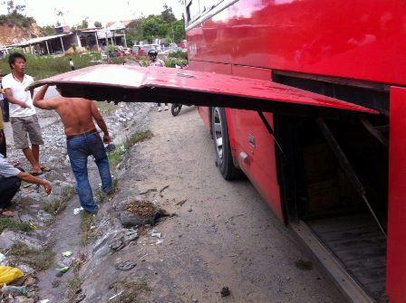 xe-khach-bung-nap-4168-1404125106.jpg
