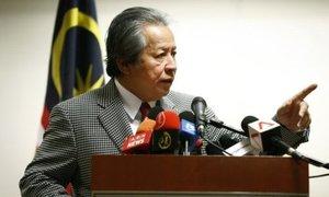 Nhà ngoại giao Malaysia suýt hiếp dâm thiếu nữ