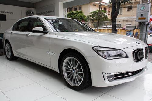 BMW-7-Series-tai-VN-done.jpg