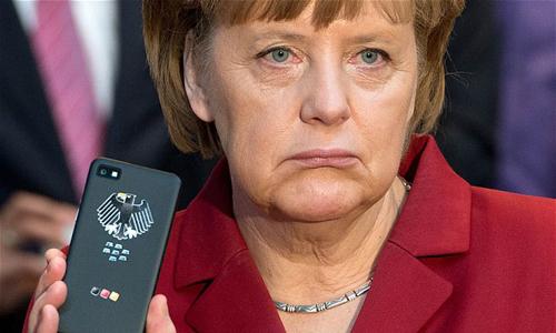Tiết lộ của cựu nhân viên tình báo Edward Snowden cho thấytài các liệu rò rỉ của NSA tiết lộ số điện thoại của thủ tướng Đức nằm trong danh sách mục tiêu cần theo dõi