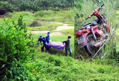 Thi thể khô quắt cạnh xe máy nằm ở bụi rậm được người dân phát hiện. Ảnh: An Nhơn