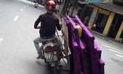 Tài xế chở hàng siêu khủng 'chỉ có ở Việt Nam'