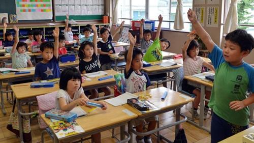japan-school-hy6676-3209-1405505518.jpg