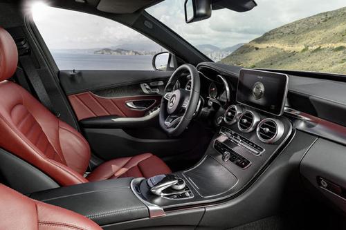 2015-Mercedes-Benz-C-Class-14.jpg