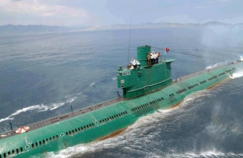 Một tàu ngầm củaĐơn vị Hải quân 167, thuộc Quân đội nhân dân Triều Tiên (KPA)
