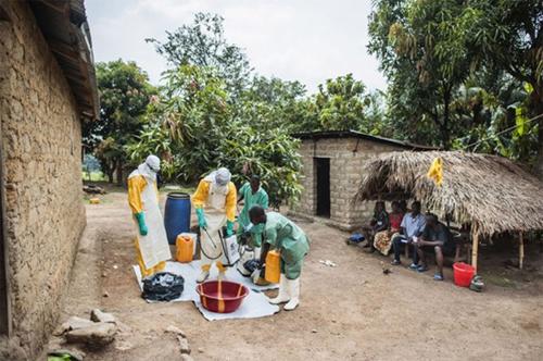 ebolaa-2642-1408001818.jpg