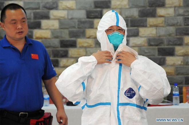 Trung Quốc huấn luyện người Tây Phi phòng Ebola