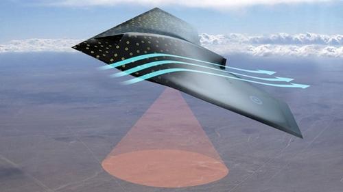 Cảm biến trên máy bay quân sự có thể cảnh báo hư hỏng. Ảnh: BBC News